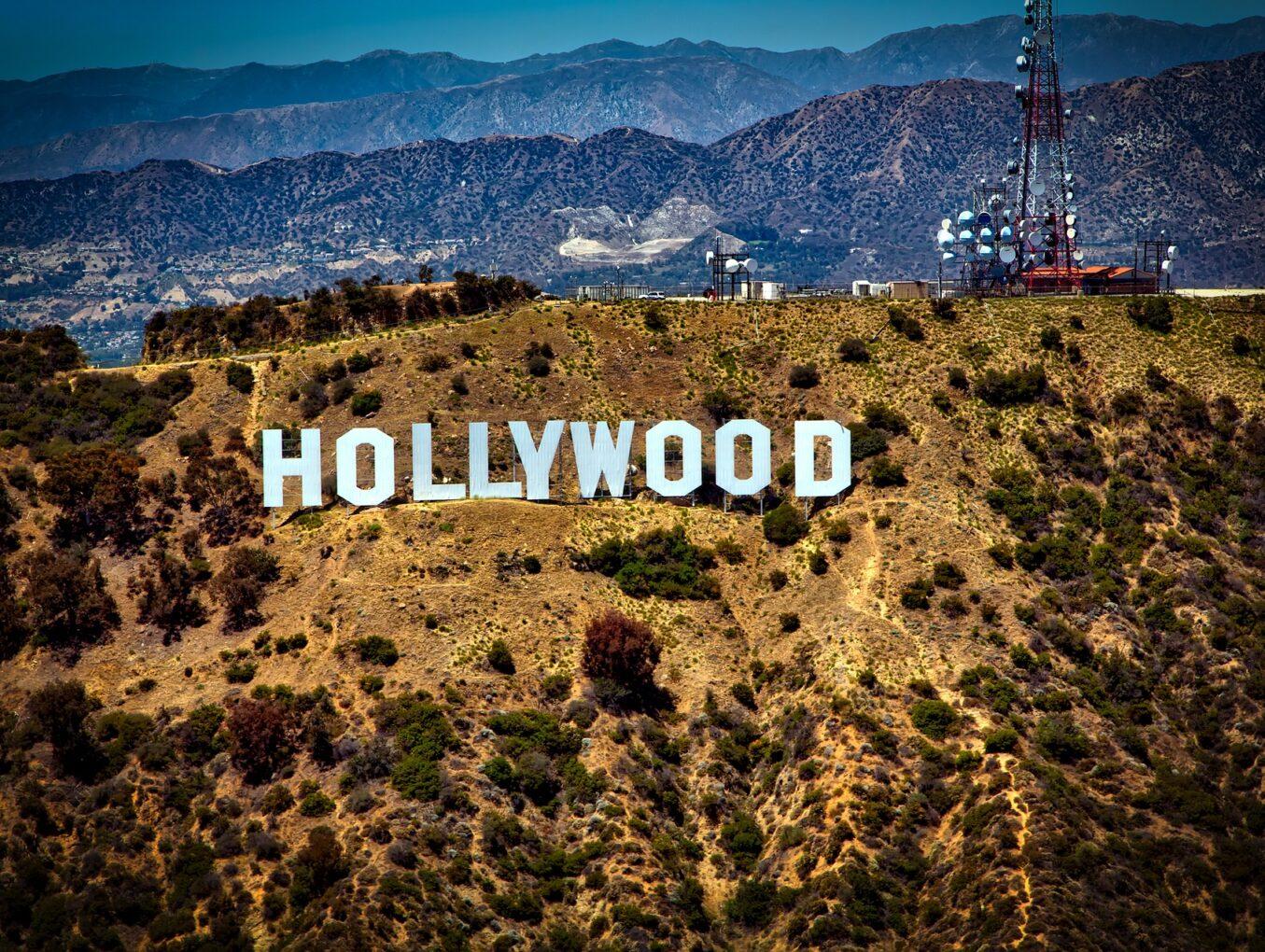 6 Worldwide Famous Celebrities of Greek Descent